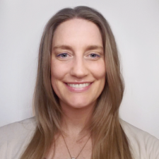 Lauren Layn Headshot